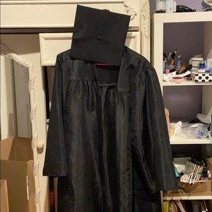 One size cap and gown